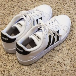 Adidas white cloudfoam shoes